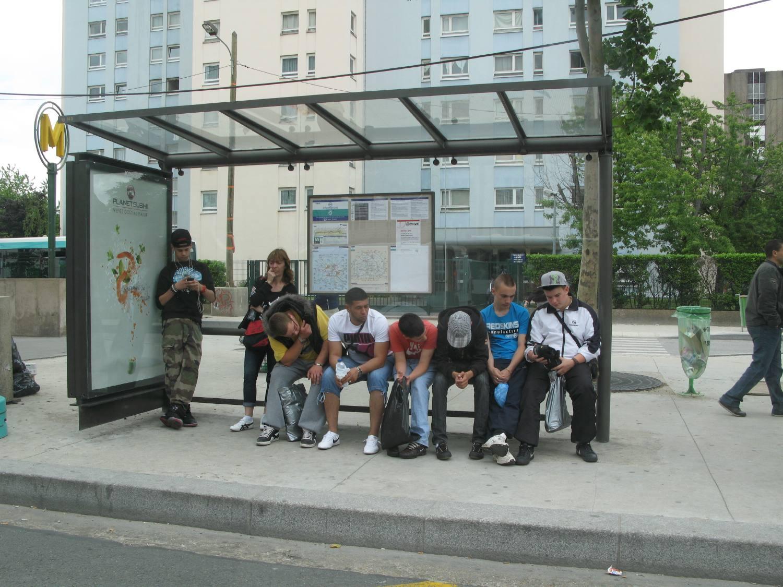 Arr t de bus porte de la chapelle le tourne gauche - Cinema porte de la chapelle ...